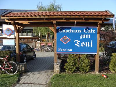 Cafe zum Toni - Pension